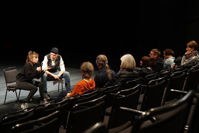 Artist Talk, Miet Warlop, Christopher Wurmdobler und Publikum